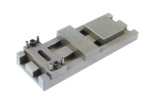 143-锁模扣Z4-1